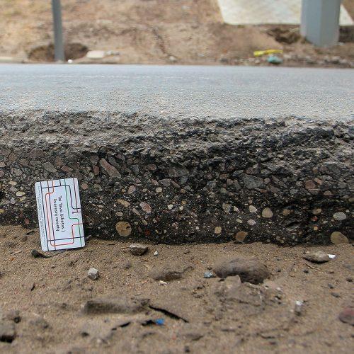 Netvarkomas pavojingas gatvės ruožas Petrašiūnuose  © Evaldo Šemioto nuotr.