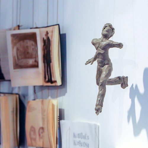 """Čiuožėjų paroda ir spaudos konferencija galerijoje """"Balta""""  © Evaldo Šemioto nuotr."""