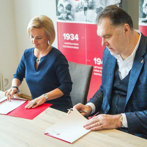LSU ir LKF sutarties pasirašymas  © Evaldo Šemioto nuotr.