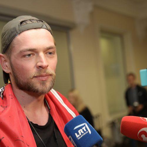 """J. Veklenko grįžo iš """"Eurovizijos"""""""