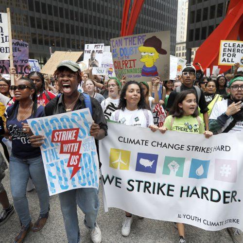 Moksleivių protestai prieš klimato pokyčius  © Scanpix nuotr.