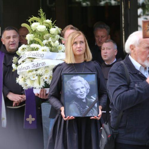 Legendinė aktorė G. Balandytė išlydėta amžinojo poilsio
