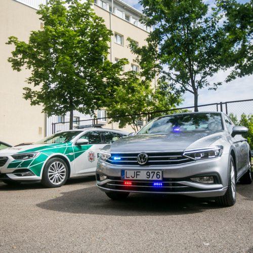 Kaune pristatytas naujasis nežymėtas policijos automobilis  © Vilmanto Raupelio nuotr.