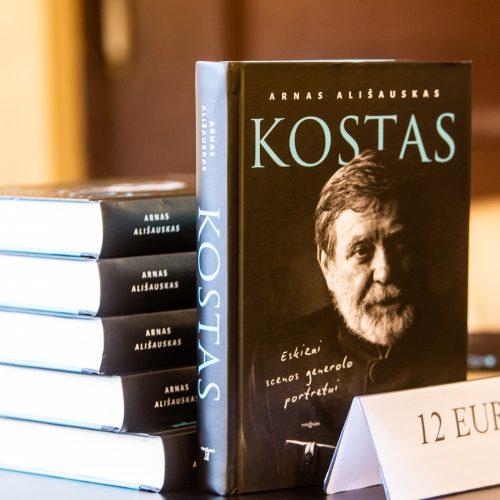 "Knygos ""Kostas. Eskizai scenos generolo portretui"" pristatymas"