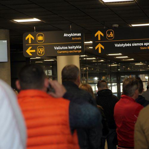 """Emigrantų apklausa apie """"Brexit'ą"""" oro uoste  © Laimučio Brundzos nuotr."""