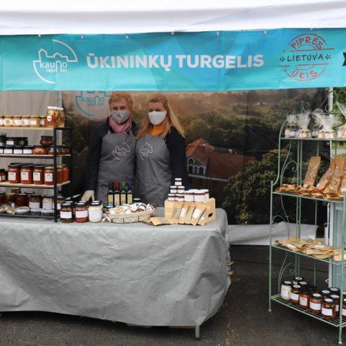 Startavo Kauno rajono ūkininkų turgelis  © Kauno rajono savivaldybės nuotr.