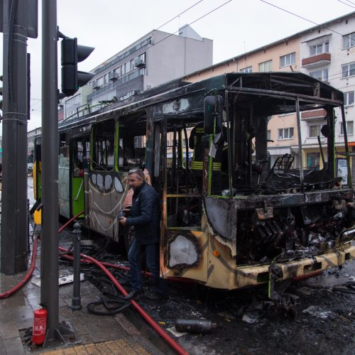 Netoli Kauno autobusų stoties supleškėjo troleibusas  © Laimio Steponavičiaus nuotr.
