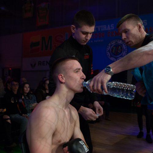 """Kovos narve """"King of the cage Baltic tour 5""""   © Laimio Steponavičiaus nuotr."""