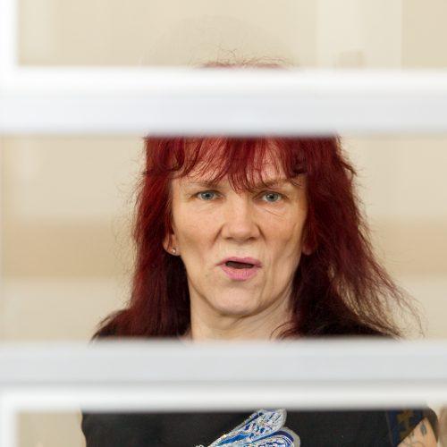 Recidyvistės išgirdo eilinį teismo nuosprendį  © Laimio Steponavičiaus nuotr.