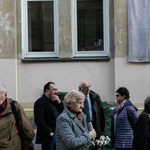 Atminimo lentos R. Ozolui atidengimas  © P. Peleckio / Fotobanko nuotr.