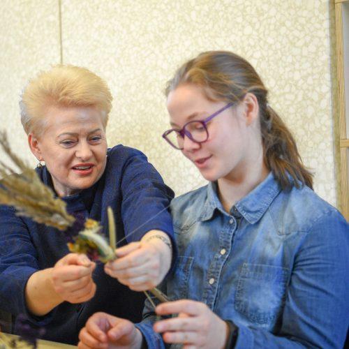 Prezidentė dalyvavo velykinėse edukacinėse dirbtuvėse  © I. Gelūno / Fotobanko, R. Dačkaus / Prezidentūros nuotr.