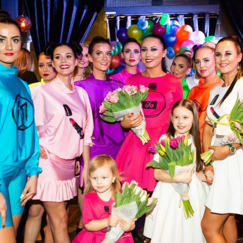 Atlikėja Vasha su drauge pristatė naujieną  © G.Skaraitienės/Fotobanko nuotr.