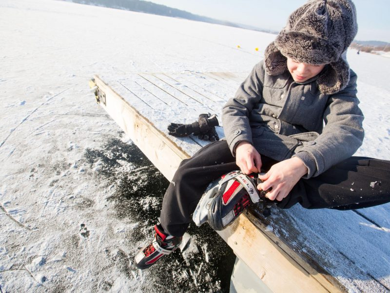 Kodėl pavojinga sušalti galvą ir kojas?