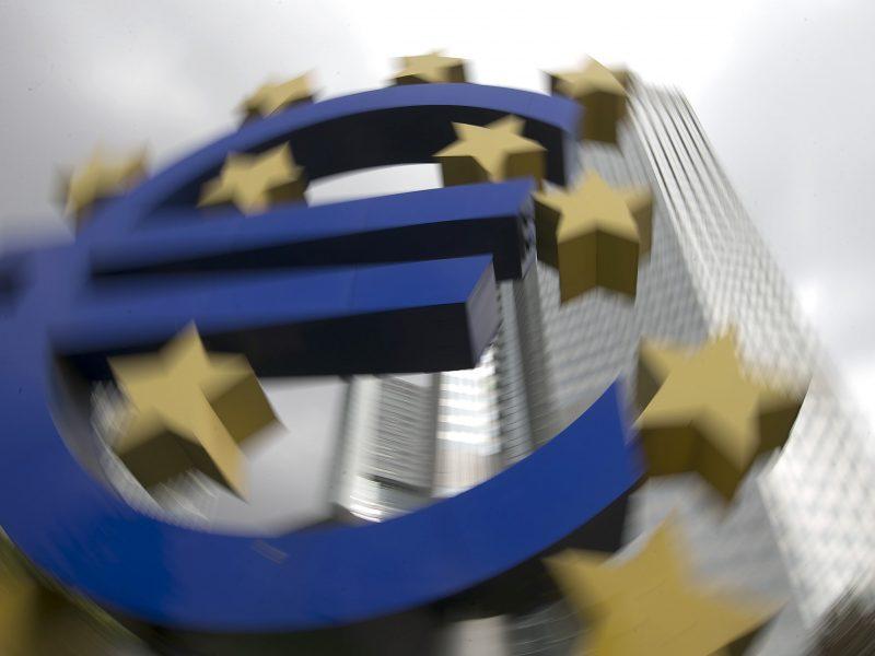 ECB atšauks dėl pandemijos įvestus apribojimus bankų išmokamiems dividendams