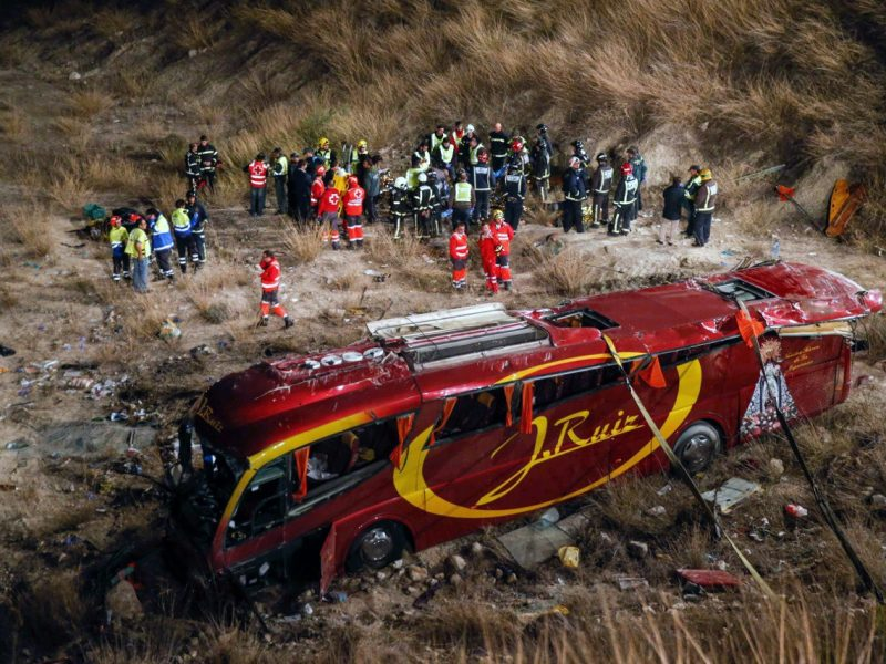 Ispanijoje – didžiausia šalyje pastarųjų šešerių metų autobuso avarija