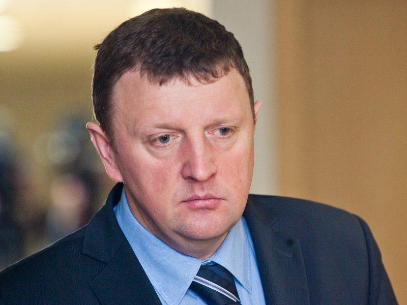Antikorupcijos komisija atidėjo sprendimą dėl pasitikėjimo V. Gailiumi
