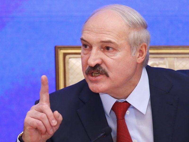 EP ragina A. Lukašenką pasitraukti, reikalauja atidėti Astravo AE įjungimą
