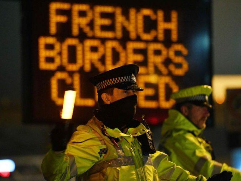 Vėl siūloma visiškai uždaryti Prancūzijos ir Britanijos sieną