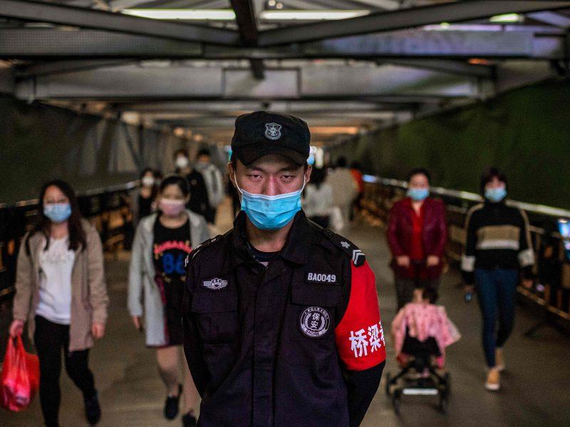 Po ilgos pertraukos Kinija vėl imasi masinio COVID-19 testavimo