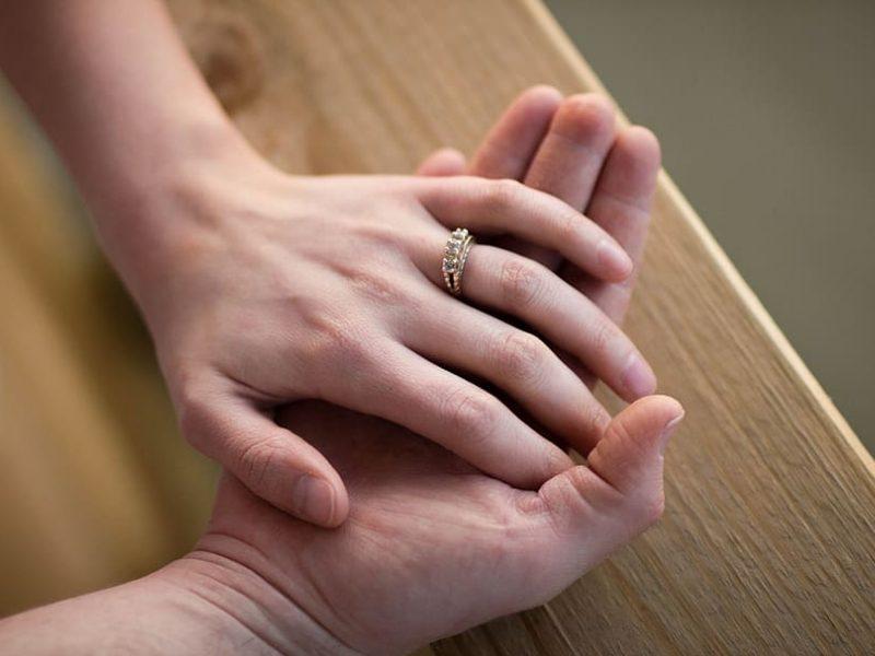 Referendume estams bus pateiktas klausimas, ar santuoka turi likti vyro ir moters sąjunga