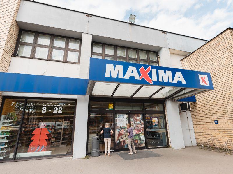 Apgriuvęs Kalniečių prekybos centro pastatas