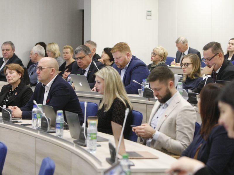 Uostamiesčio taryba rinksis į posėdį: spręs vicemero A. Barbšio likimą