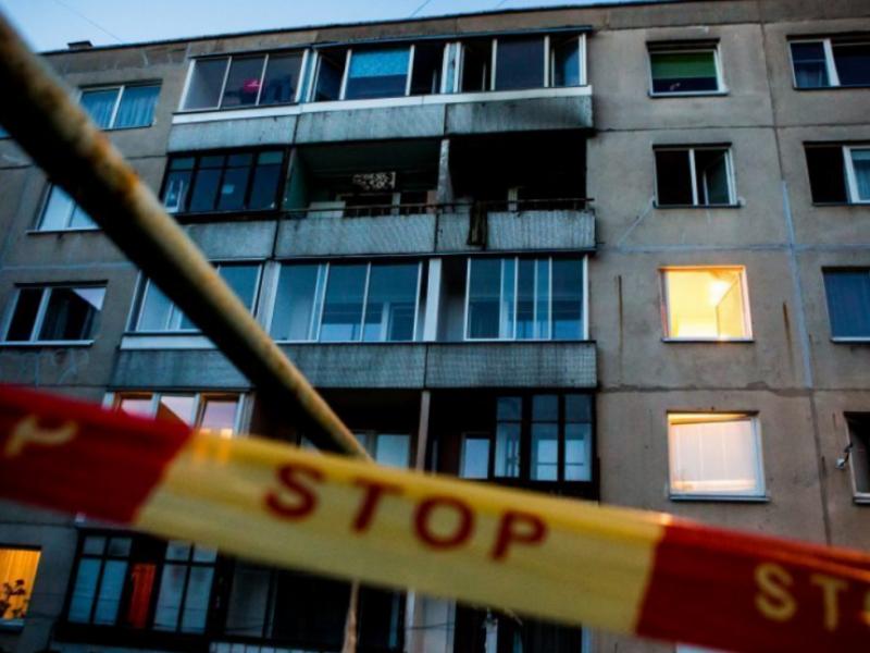 Nelaimė Klaipėdoje: pro langą iškrito mažametis