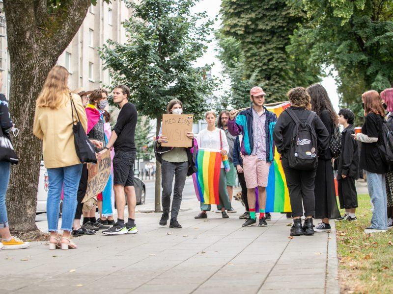 LGBT eisenos palaikymo akcija