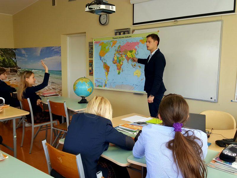 Šiemet valstybė finansuos daugiau vietų būsimiems mokytojams