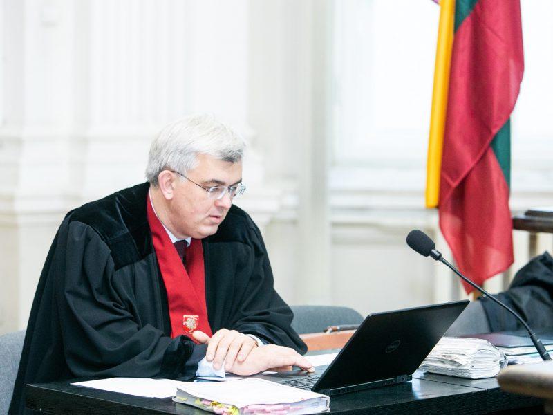 """""""MG Baltic"""" advokatas prašo nuo bylos nušalinti prokurorą J. Laucių"""