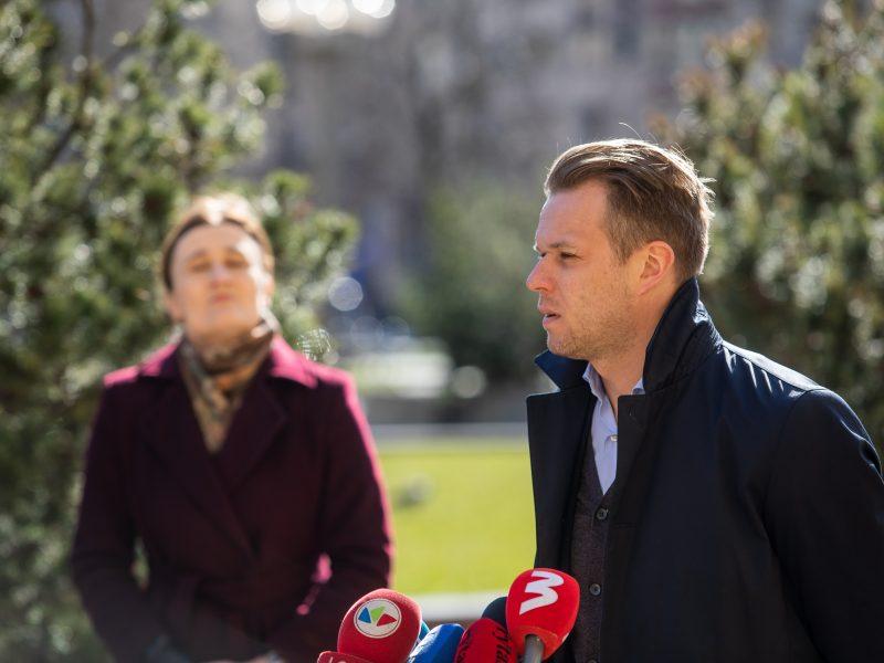 Opozicija siūlo šaukti Valstybės gynimo tarybą dėl viruso krizės valdymo