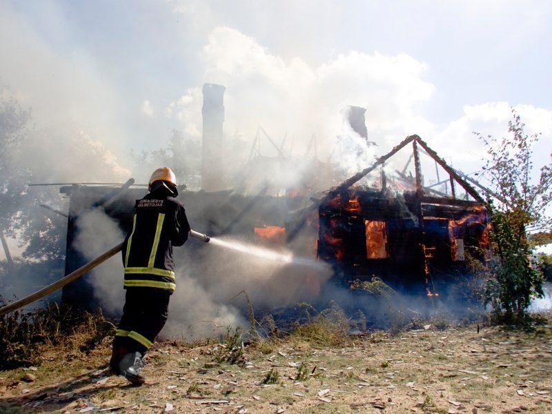 Kretingos rajone per gaisrą sudegė jaunas vyras