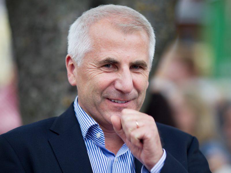 V. Ušackas kvietimo į eurokomisarus nėra gavęs
