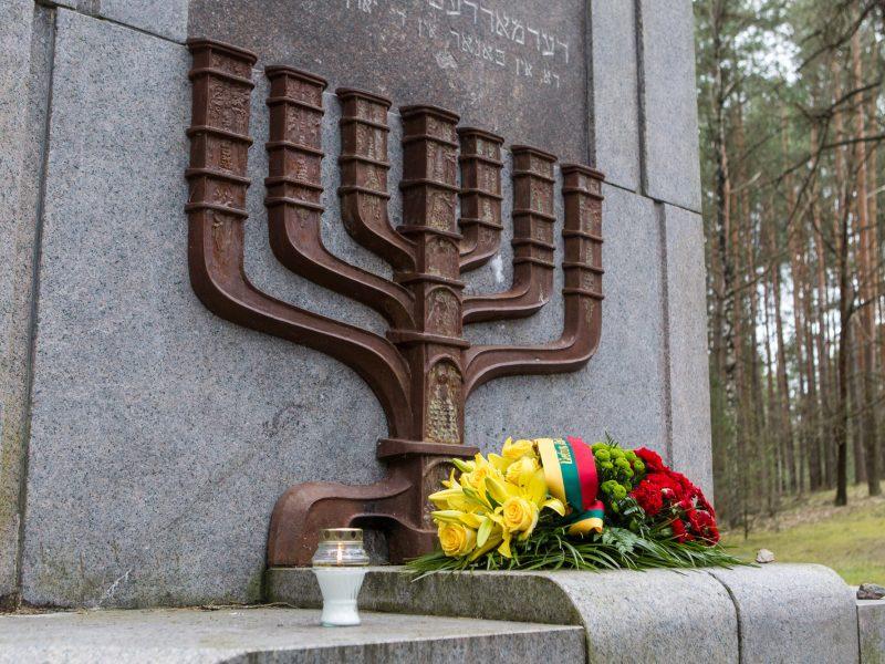 Holokaustą neigiančiam britui D. Irvingui uždrausta atvykti į Lietuvą
