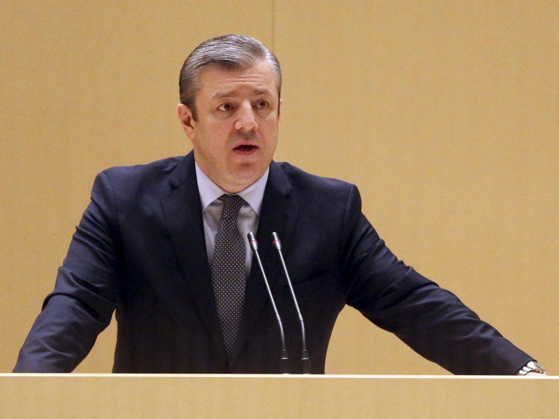 Po protestų atsistatydino Gruzijos premjeras ir vyriausybė