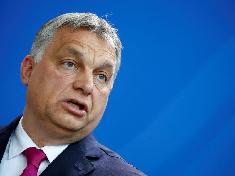 """Vengrijos premjeras užsipuolė """"nedemokratišką"""" Vakarų Europą"""