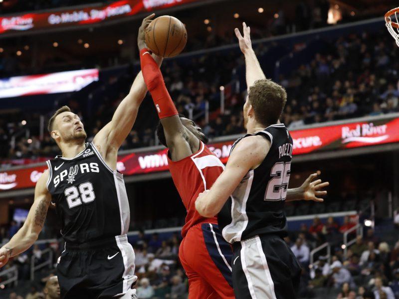 "D. Motiejūnas grįžo į NBA: debiutavo ""Spurs"" komandoje"