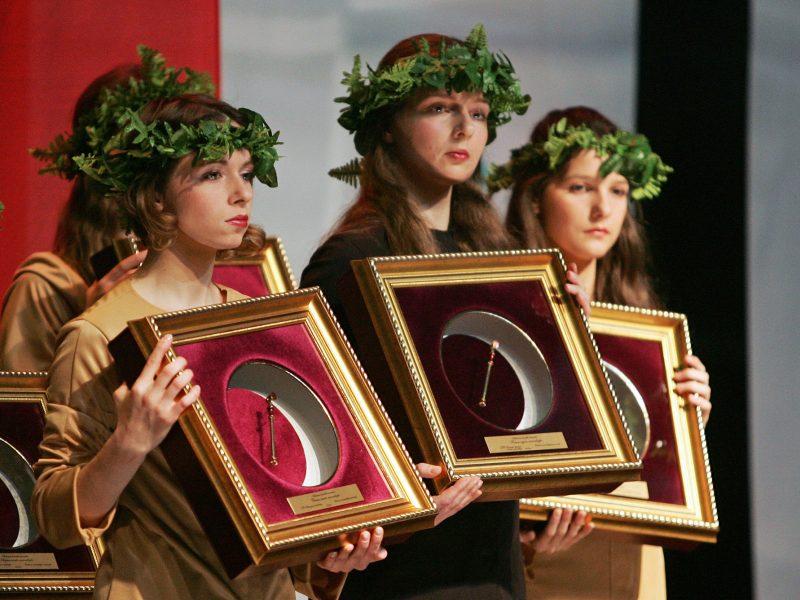 """Vilniuje bus apdovanoti """"Auksinės krivūlės"""" laureatai"""