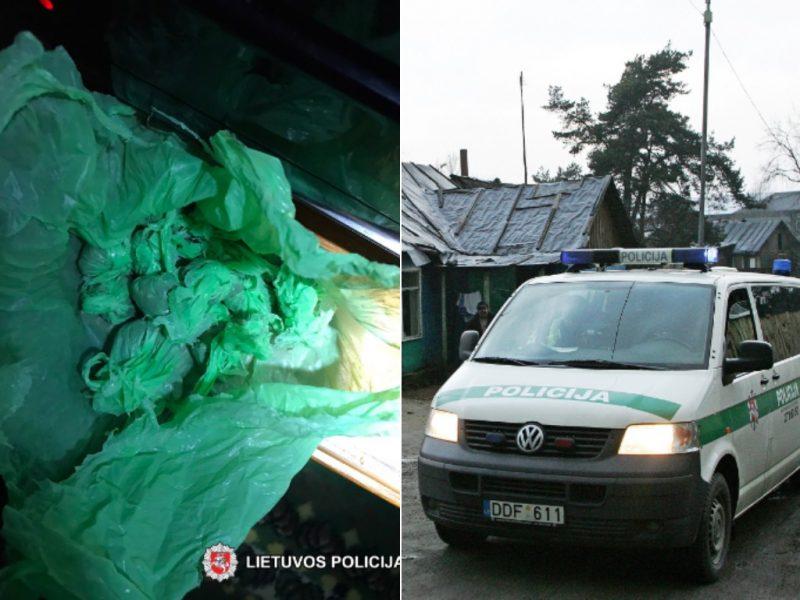 """Tabore romai užsipuolė policininkus: """"žolė"""" – ne narkotikai"""