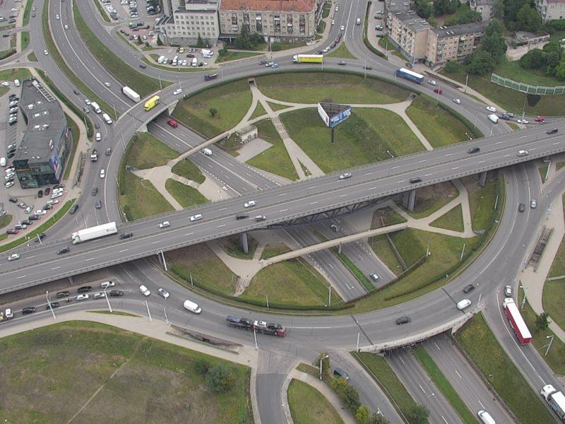 Dar daugiau Vilniaus žiedinių sankryžų – su aiškesniu ženklinimu