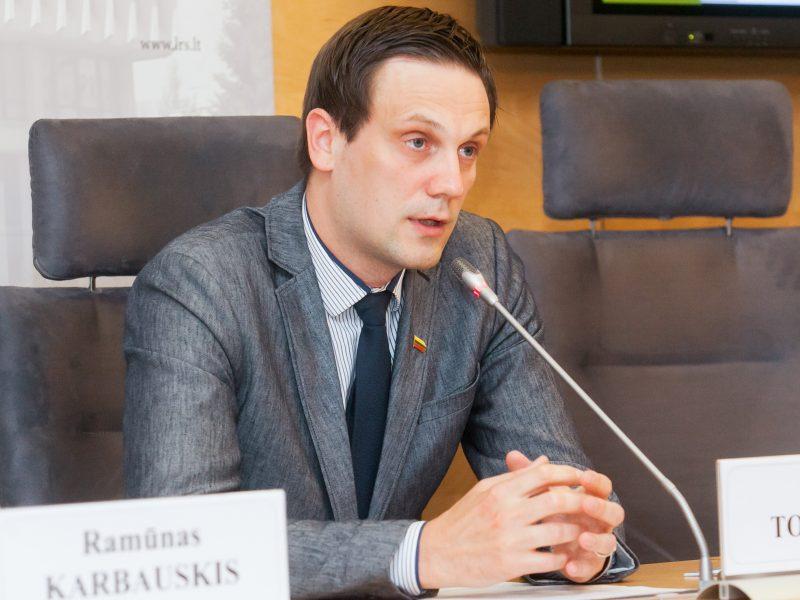Seimas tobulins rezoliuciją dėl socialinio dialogo su mokytojais