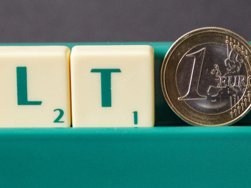 Prekybininkai: pirkėjai jau įprato atsiskaityti eurais