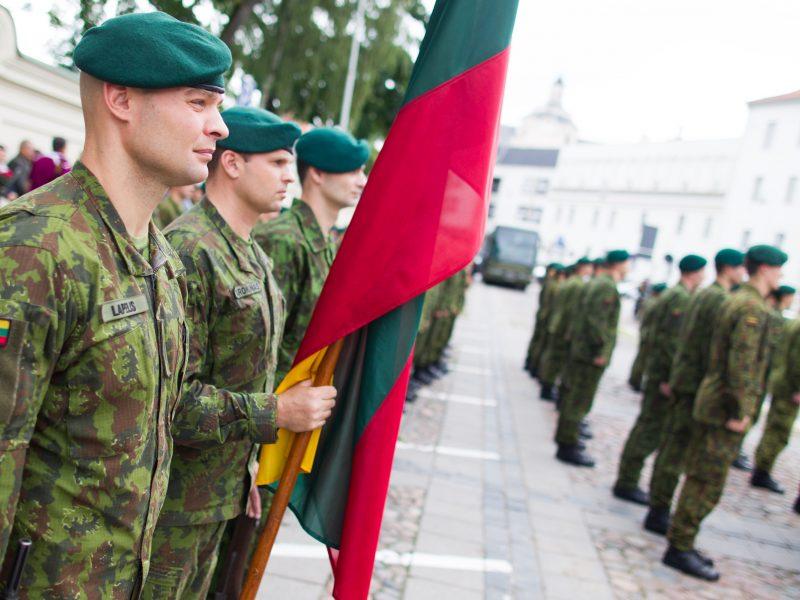 Susitarimas dėl gynybos kliūna opozicijai