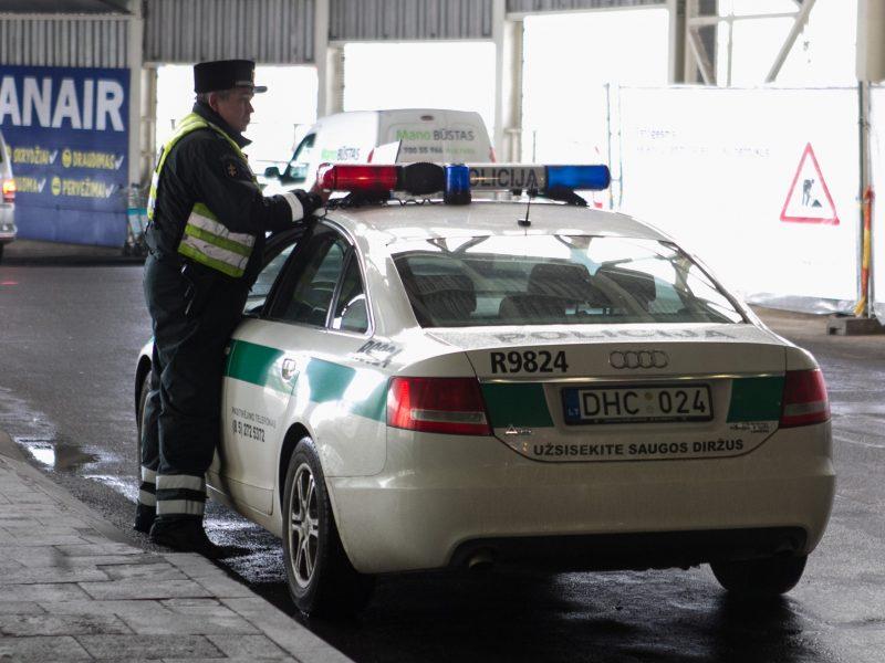 Maltos policijos ieškoma lietuvė parskrido į Vilnių ir buvo sulaikyta