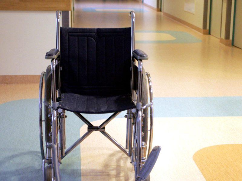 Du penktadaliai gyventojų mano, kad jų darbovietė netinkama neįgaliesiems