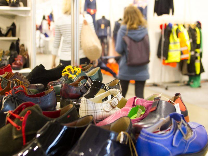 Tyrimas: lietuviai rudens garderobui skiria iki 150 eurų