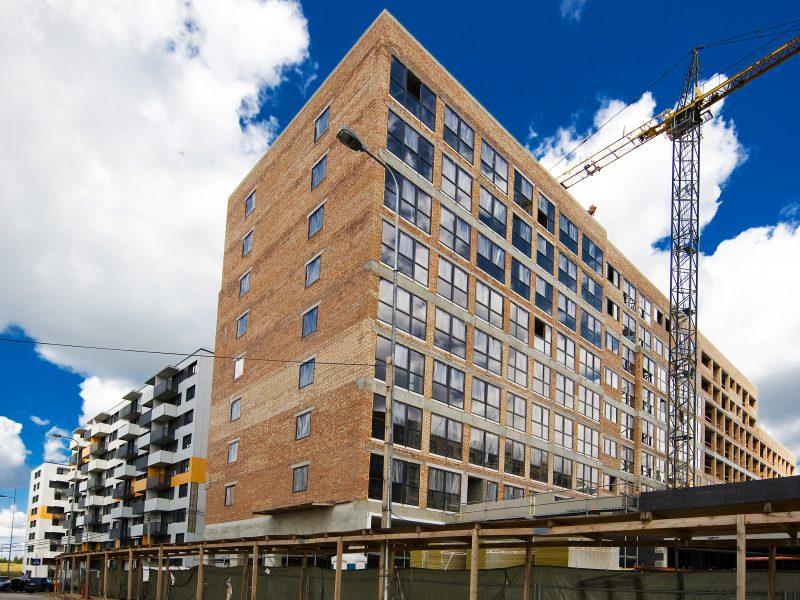 Vėl rekordiniai butų pardavimai: NT rinka kol kas nerodo pavojaus ženklų?