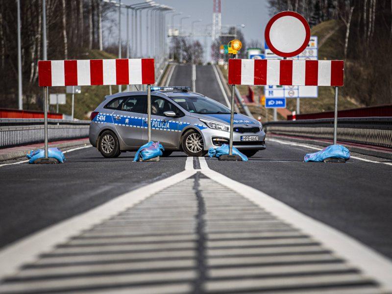 Lietuvą pasiekė pirmasis per Lenkiją grįžtančių lietuvių konvojus