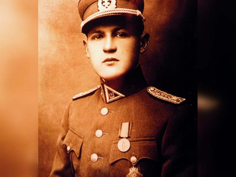 Seimo komiteto salei suteiktas generolo J. Žemaičio vardas