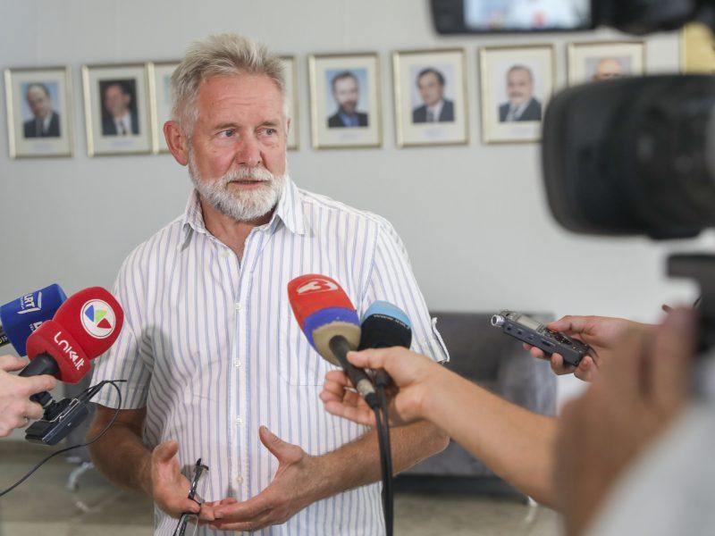 A. Sysas: Seimas vėl veliasi į visuomenės kiršinimą dėl šeimos sąvokos
